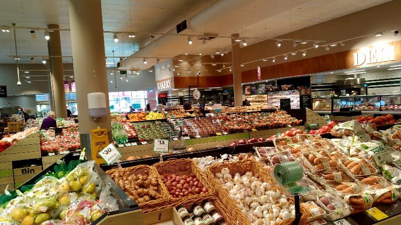 ホバート郊外のスーパー