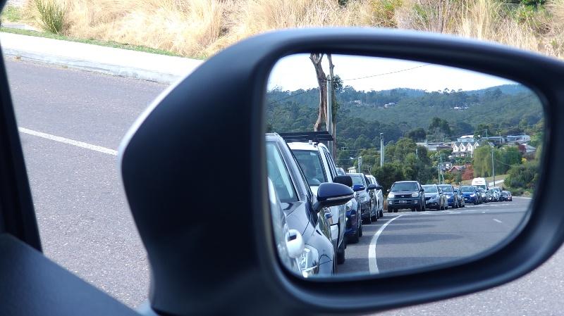 フェリーに乗るまでの渋滞