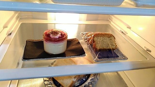冷蔵庫の朝食
